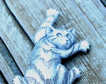 Kitty Kat Brooch Pewter