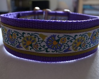 Fan Flower House/Martingale Collar