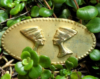 Akhenaten And Nefertiti Gold Tone Brooch Gods Of Egypt Mid Century Modern