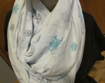 SALE - Snowflake Print Cowl/Circle Scarf/Infinity Scarf (5506)
