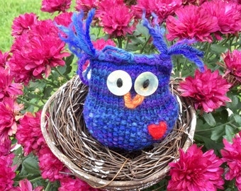 Royal the Owl Hand-knit