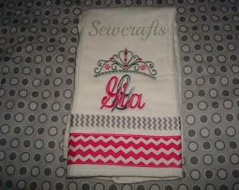 Gia Personalized Burp Cloth Premium Quality 6-Ply Burp cloth- Name or up to 3 initials
