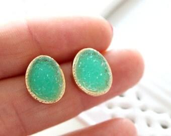 SALE - Druzy green post earrings - frosted look