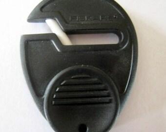 FISKARS Sewsharp Scissors Sharpener Black
