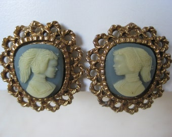 Cameo Blue Gold Filigree Earrings Clip Vintage