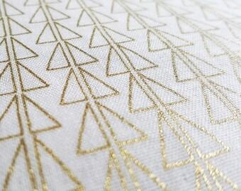 1/2 Yard Kokka Double Gauze Fabric Points in Gold