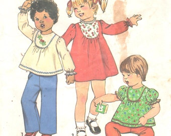 Simplicity 8129 1970s Toddlers Dress and Top Pattern Girls EASY Vintage Sewing Pattern Size 1 Breast 20
