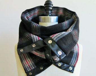 Black and gray plaid Chunky circular infinity unisex  scarf , men's scarf , women scarf