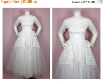 50% Off Sale Vintage 50s Earth Angel Wedding Gown, Sz S