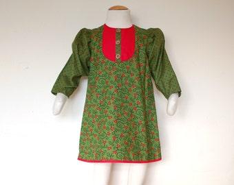 POINSETTIA girl Christmas dress with long sleeves and bib collar, retro toddler handmade Christmas green dress, floral Christmas girl dress