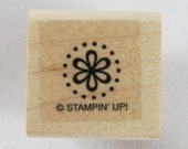 Stampin Up! - Flower in Circle of Dots Rubber Stamp #RS139