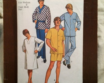 Simplicity Sewing Pattern Men's Pajamas, and nightshirt sz M Chest 38-40