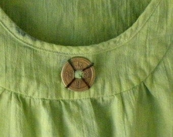 Top: sleeveless summer cotton tank shirt blouse, hand dyed lime dark green with Chinese coin, teen girls size 12, women's size 2 XS i305