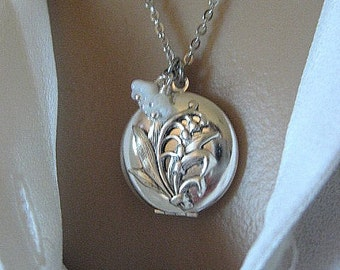 Lily of the Valley Locket, Lily of the Valley Jewelry, Silver Locket Necklace, Gifts for Her, Lily Bouquet, Bridesmaid Gifts, Flower Locket