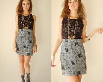 SALE SALE Mini Skirt Vintage 80s Graphic Houndstooth High Waist Indie Urban Mini Pencil Skirt (s m)