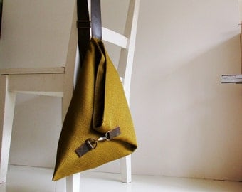 Statement Over the Shoulder Purse in Yellow / Green