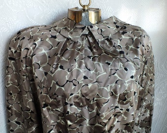 Francesca of Damon for Starington SILK Secretary blouse sold by Saks Fifth Avenue Size 12