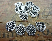 Celtic Charm Pendant Antiqued Silver Pewter Celtic Design (4) P92