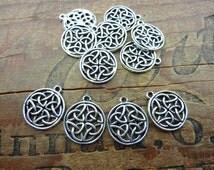 Celtic Charm Pendant Antiqued Silver Pewter Celtic Design (4) P92