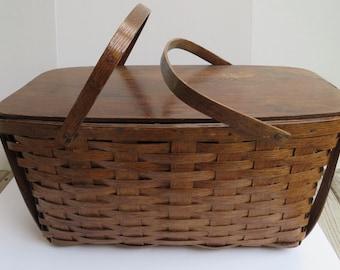 Vintage/Antique Large Picnic Basket Peterboro Basket Co.