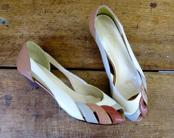 80s Color Block Pumps Minimal Slip On Peep Toes Kitten Heels Summer Boho Leather Sandals Brown Cream Gray Neutral Cut Out Sandals Size 7 7.5