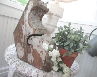 Vintage Corbel * Architectural Salvage * Shabby Chippy Paint * French Cottage * Old Farmhouse