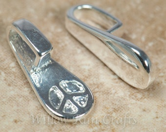 25 Small Silver Plated Peace Bails (07-06-130)