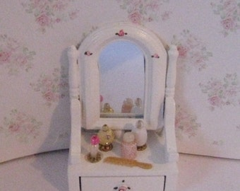 Dollhouse swivel mirror, mirror, dressing table mirror, perfumes, toiletries, dollhouse toiletries, twelfth scale dollhouse accessory