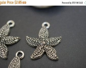 AUTUMN SALE Antique Silver Plated Starfish Charm Pendants - 10pcs
