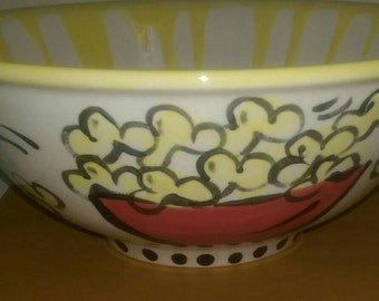 MORE popcorn, please... The really BIG popcorn bowl you have been asking for!