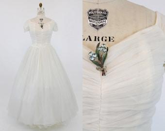 50s Wedding Dress Emma Domb Medium / 1950s Bridal Gown Organza Dress /  White Wedding Dress