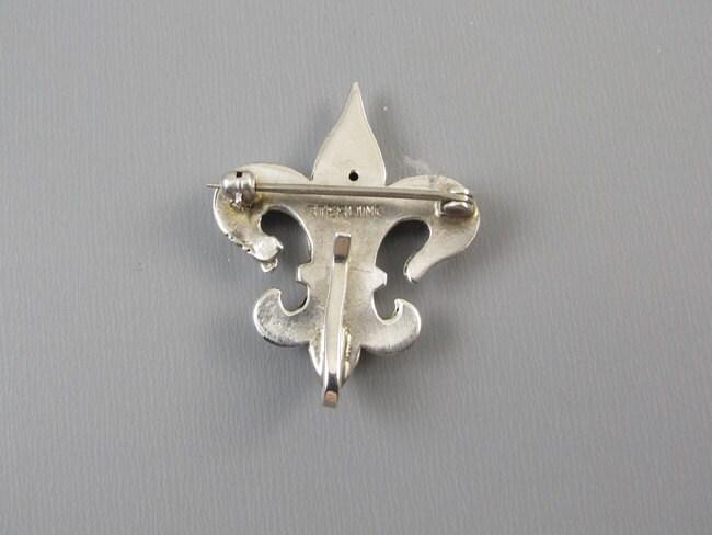Antique Edwardian sterling silver fleur de lis brooch pin