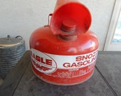 Vintage Eagle Snozzle Gas Can Red
