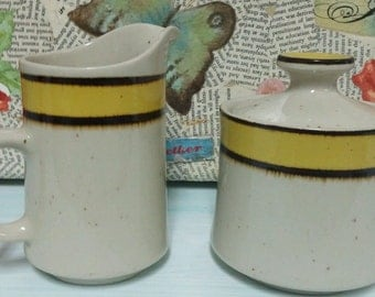 Stoneware sugar and creamer set