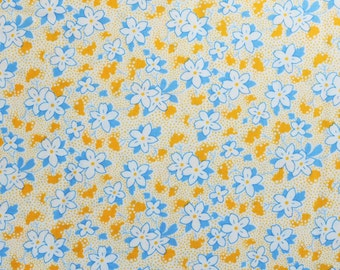 30s Reproduction Fabric - Bunny Tales Screamn' Yellow Floral By Darlene Zimmerman for  Robert Kaufman  ADZ-14805-140 - Yardage