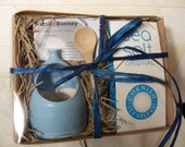 Blue Salt Pig Gift Set with Cornish Sea Salt and Bamboo Spoon