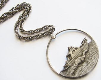 Vintage long silver chain necklace with boat/ yacht pendant (K7)