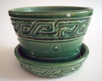 Vintage McCOY Green Patterned Planter with Drip Tray, 3.25 in. tall x 4.5 in. diameter, Collectible