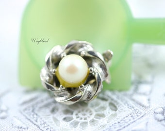 Vintage Faux Pearl Box Clasp - One Strand - 1 pc