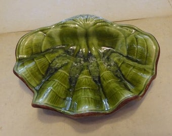 Vintage Green Treasure Craft of Hawaii Shell Dish
