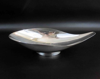 Vintage Mid Century Silver Plate Dish in Amoeba Shape by Reed and Barton