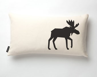 Moose Pillow in Off-white with fill