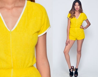 Terry Cloth Romper 70s Romper Shorts 60s Mod Front Zip One Piece 1970s Vintage 1960s Playsuit Women Yellow Gogo Sixties Extra Small xs