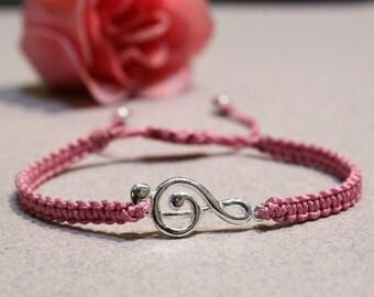 Sterling silver treble clef bracelet