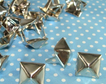 "45 PYRAMID Studs 3/8"" Silver (46810) Brass Metal USA Made Pronged Spikes Biker Style Jewelry and Clothing DIY Decoration Supplies Bulk"