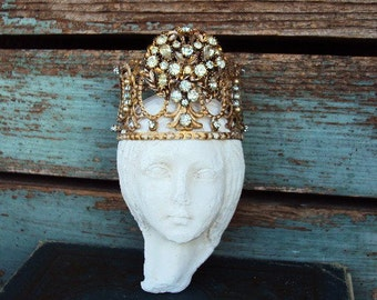 Antique Style Jeweled Crown Shabby Chic for Angel Statue Santos Ornament Distressed Metal with Clear Rhinestones Medallion