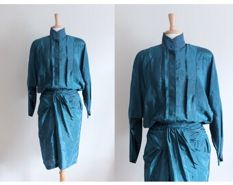 SALE Vintage 1980s Teal Twist Front Dolman Dress