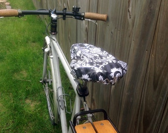 Waterproof saddle cover for biking - Black & White