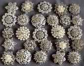 10 pcs Assorted Rhinestone Button Brooch Embellishment Pearl Crystal Button Wedding Brooch Bouquet Cake Hair Comb DIY KWBT165