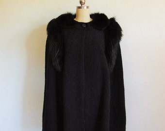 60s Black wool CAPE with Fox Fur trim size medium